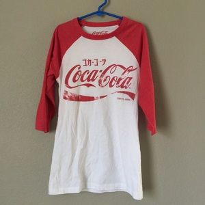 Coca Cola Tokyo Japan Red white T-shirt xs